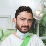 Implantólogo Gustavo Ruiz